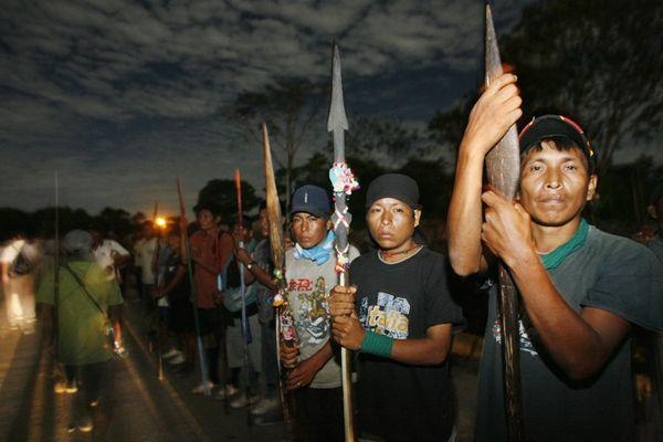 Protestors in the Peruvian Amazon